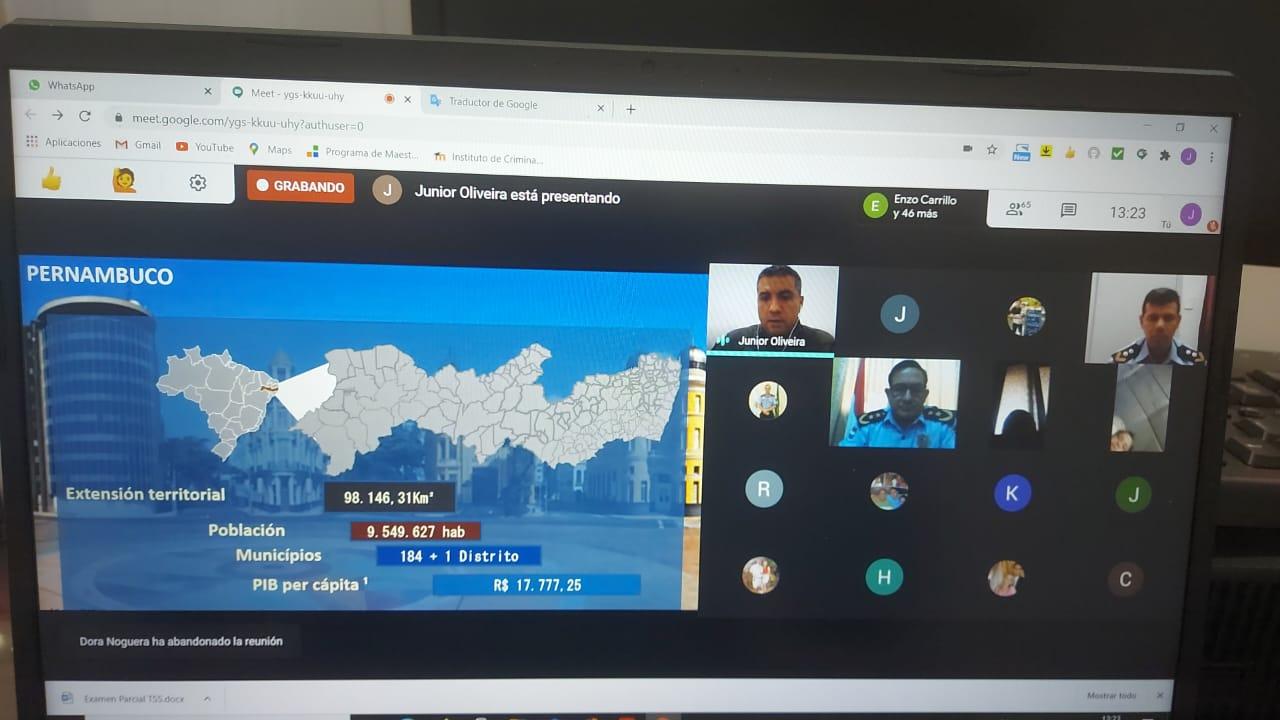 Alumnos de posgrado participaron en importante seminario internacional virtual sobre policía comunitaria