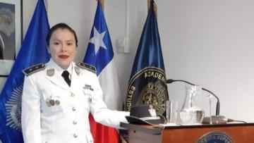 Instructora de la Academia Nacional de Policía culminó importante diplomado, en Chile