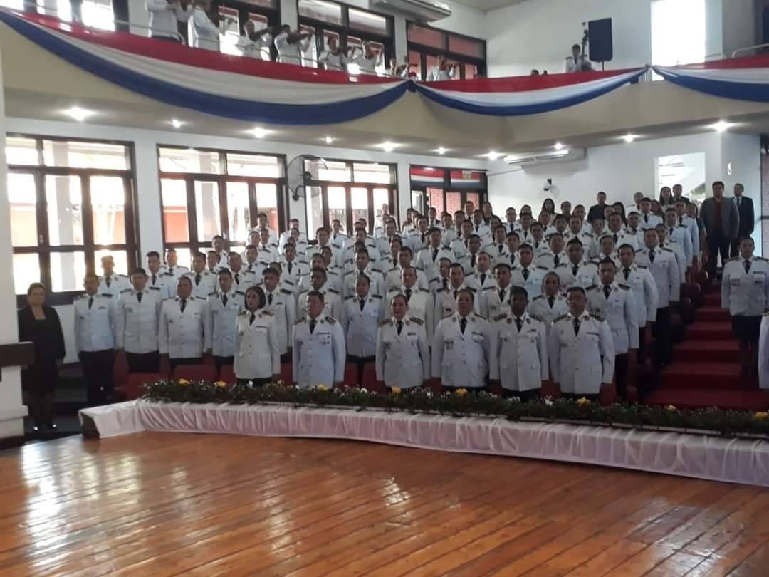 Egresan profesionales de distintas unidades académicas del ISEPOL