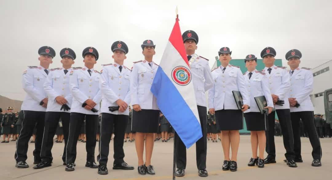 Egresan los primeros 10 Suboficiales paraguayos becados en Perú
